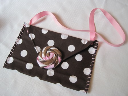 25. completed purse