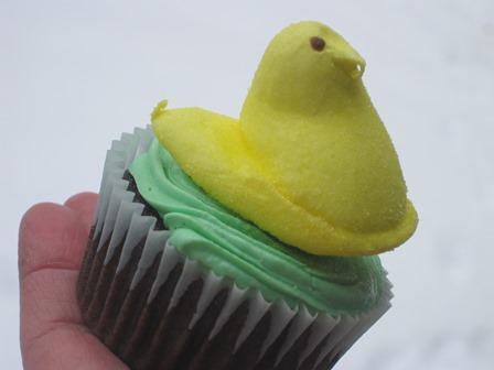 peeps cupcake