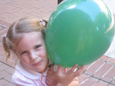 kelly with balloon